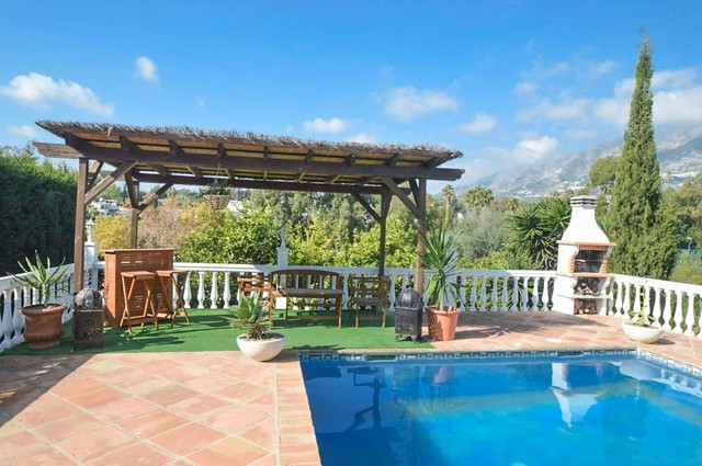 4 bed villa in mijas
